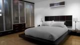 חדר שינה מעלף עץ גושני וזכוכית